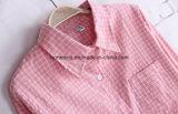 Camisa de algodón rosada del `S de las mujeres de la tela escocesa