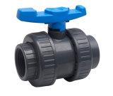 Valvola a sfera del sindacato del PVC della plastica vera per il rifornimento idrico con ISO9001