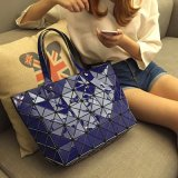 O novo pacote Triangle Geometry Ling Lattice Female Bag (7832)