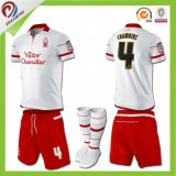 Nécessaires en gros du football, uniformes du football, le football Jersey avec la qualité thaïe