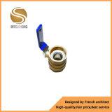 Cromo de latón con válvula de bola Dn32 accionada por palanca para la venta