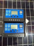 中国の価格30A 12Vの太陽系のための太陽コントローラの表示USB