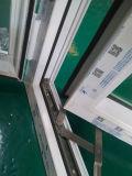 Het Openslaand raam van pvc met het Glas van de Bezinning