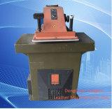 De gebruikte Matrijs die van het Wapen van de Schommeling van het Atoom Hydraulische Cleather snijden klikt Machine (VS925)