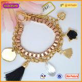 Qualitäts-Metallkundenspezifisches Firmenzeichen bezaubert Goldschmucksache-Firmenzeichen-Marken-Armband für Charme