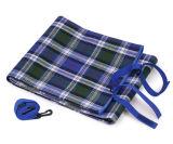 屋外の夏のキャンプのマットのオックスフォードの布のピクニックマット