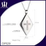方法十字のジルコンの宝石類316Lのステンレス鋼のペンダント