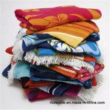 Badhanddoek van de Jacquard van de Handdoek van het katoenen Strand van het Garen de Geverfte met Uitstekende kwaliteit