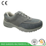 Здоровье фиоритуры обувает идущие ботинки