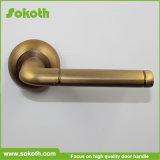 Ручка двери Skt-L006 золотистого высокого качества красотки нутряная алюминиевая