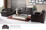 Sofá de la sala de estar con el conjunto moderno del sofá del cuero genuino