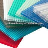 Protuberancia plástica de la producción de la tarjeta hueco del perfil de los PP de la PC que hace la maquinaria