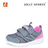 Deportes calientes de las ventas de la nueva manera que funcionan con los zapatos de las muchachas de los muchachos de los cabritos