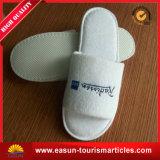Deslizadores descartáveis do deslizador do hotel do logotipo da impressão de veludo da fibra da alta qualidade