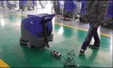 Eléctricos comerciales empujan la máquina del depurador manualmente del suelo