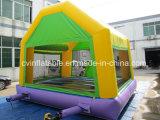 Het opblaasbare Groene het Springen Huis van de Uitsmijter