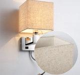 Lumière moderne de lampe de mur du chevet DEL d'hôtel très pratique avec l'ombre de tissu