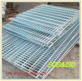 Galvanisiertes/heißes BAD Galvanized/Serrated/Untreated/Compound/Welded/Standard/Paint/Mild Stahl-Vergitterung