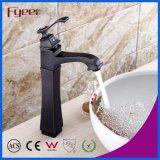 Alto colpetto di miscelatore Bronze dell'acqua del bacino della stanza da bagno di Rubbered dell'unto delle mani
