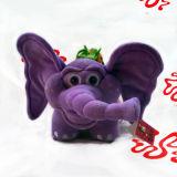 赤ん坊のための象のプラシ天のおもちゃ