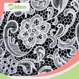 Tissu chimique de lacet de polyester laiteux du modèle 100 % de robe de lacet