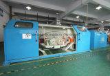 Machine de tornade de Triple-Faisceau pour le câble à haute fréquence