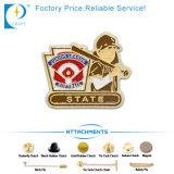 L'argento personalizzato di marchio ha rifinito il contrassegno del distintivo del metallo (JN-0037)