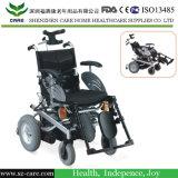 Vieux fauteuil roulant de pouvoir de fauteuil roulant électrique