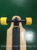 Neues Modell vierradangetrieben weg vom Straßen-elektrischen Skateboard
