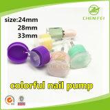 Cabeza de la bomba del clavo de 33 mm de plástico de colores para las botellas