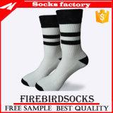 Großhandelsbaumwollschweiss-Mann-Kleid-Mannschafts-Socken