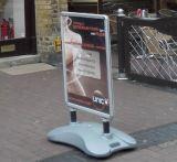 um sinal Windmaster do pavimento do sinal do frame um sinal do pavimento do carrinho A0 Waterbase do poster da placa