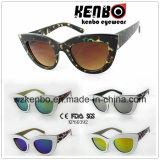 Alla moda unisex completamente di plastica degli occhiali da sole Kp60392 del blocco per grafici di Eyecat Muti-Colorato