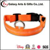 Colliers de crabot de clignotement de sûreté de nuit de polyester de lueur rechargeable de DEL