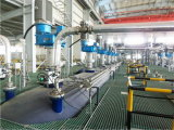 Los mezcladores trabajan a máquina para la industria química