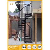 Escalera espiral del metal del ahorro de espacio para al aire libre