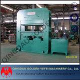 Machine de vulcanisation de bande de conveyeur pour appuyer le caoutchouc