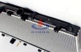Auto de aluminio del radiador para Mitsubishi Zhonghua PA16 / 26 en
