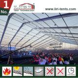 Grande tenda di Tranpsarent con le pareti di vetro per la conferenza annuale dell'azienda