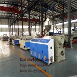 Scheda della gomma piuma della crosta del PVC della macchina dell'espulsore di strato della gomma piuma del PVC WPC che fa macchina