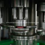 Embotelladora de agua chispeante de la botella de cristal