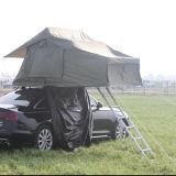 Im Freienfamilien-Dach-Oberseite-Zelt