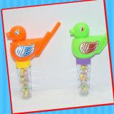 Juguete plástico del pájaro del sonido del silbido con el tubo del caramelo
