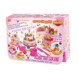 Os brinquedos do presente fingem brinquedo ajustado do bolo de aniversário do jogo para a menina (H0001200)