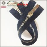 2016 alluminio Zippers per Garments