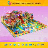 Спортивная площадка популярной темы конфеты конструкции симпатичной крытая для детей (A-15270)