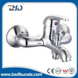 Torneiras De Banheiro De Banheira De Banheiro De Brass Chrome Com Torneira De Latão