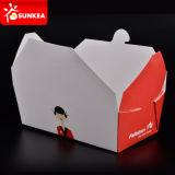 Contenitore caldo cinese di carta isolato a gettare di alimento
