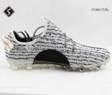 Mann-Form-Fußball-Schuhe mit Rb Outsole