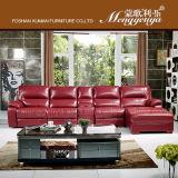 Sofa en cuir de cinéma avec la bouteille Stronge (628) de boisson